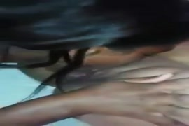 Xxx de noir avec de poile sur le vajin