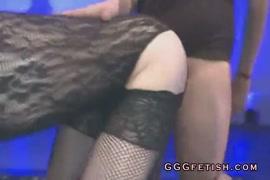 Video porno femmes baisse avec chien