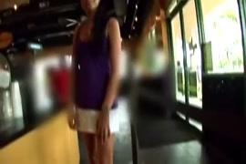 Waptrick courtes videos x belles seins