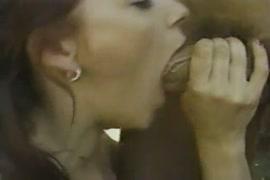 Film porno avec les grosses femmes et les jeunes